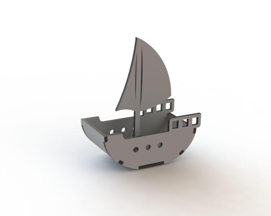 Кораблик из дерева