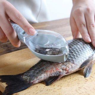 Рыбочистка с контейнером для чешуи Рыбка