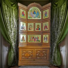 Домашний иконостас с тумбой тип 3