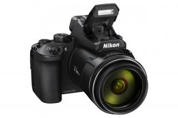Компактный фотоаппарат Nikon Coolpix P950