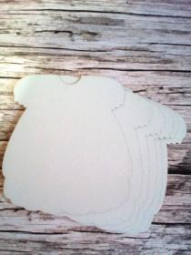 заготовка для альбома ПЛАТЬЕ 4 листа размер 21*19,5 см диаметр отверстия 5 мм картон пивной (белый) толщина 1,2 мм