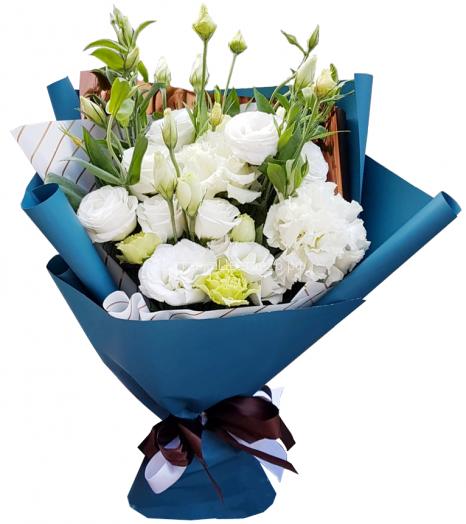 Букет из белых французских роз