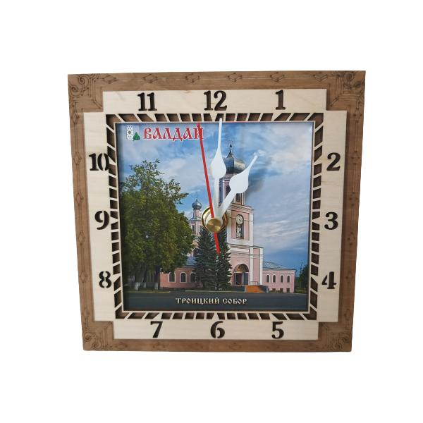 """Часы """"Троицкий собор"""""""