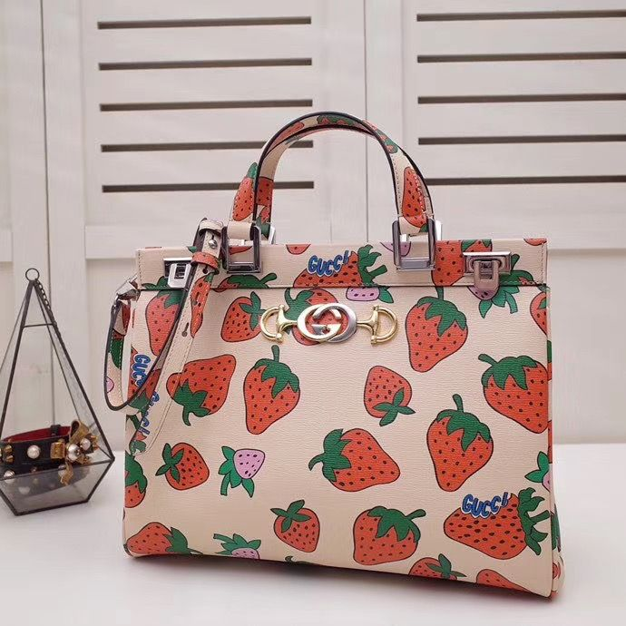 Gucci Zumi Strawberry 33,5 cm