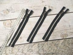 молния спираль декор черный-серебро 18см