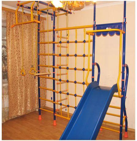 Детский спортивный комплекс Модель № 10 с cеткой для лазания LINE-CENTER PLUS и горкой ROTO-MOLD