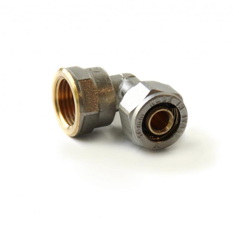 Угольник компрессионный латунный  с внутренней резьбой