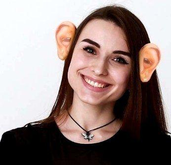 Уши на ободке большого размера