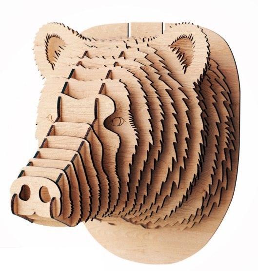 Голова медведя из дерева на стену
