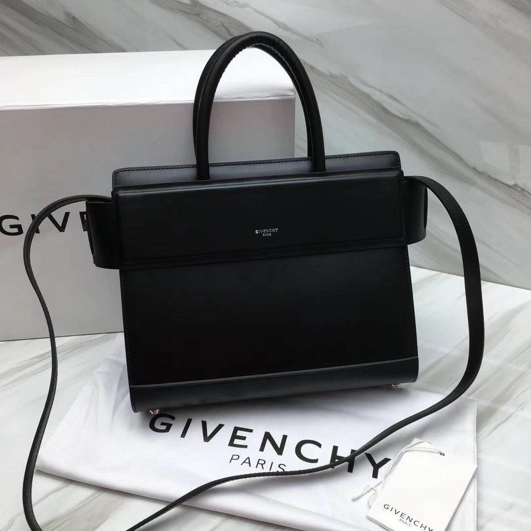 Givenchy Horizon 28 сm