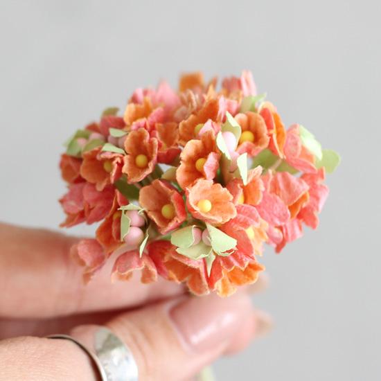 Букетик бумажных цветов, оранжевый - Кукольная миниатюра