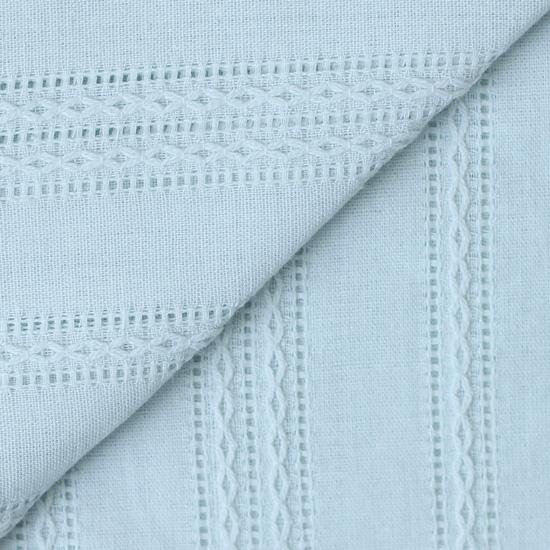 Лоскут ткани Хлопок с выработкой Шитьё на бледно-мятном 50х37