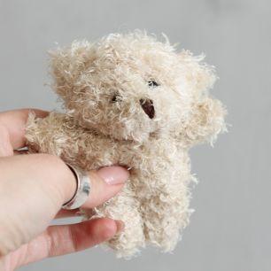 Мишка пушистый бежевый 10 см
