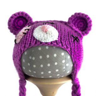 Вязаная шапочка для куклы Мишка Тедди сиреневый
