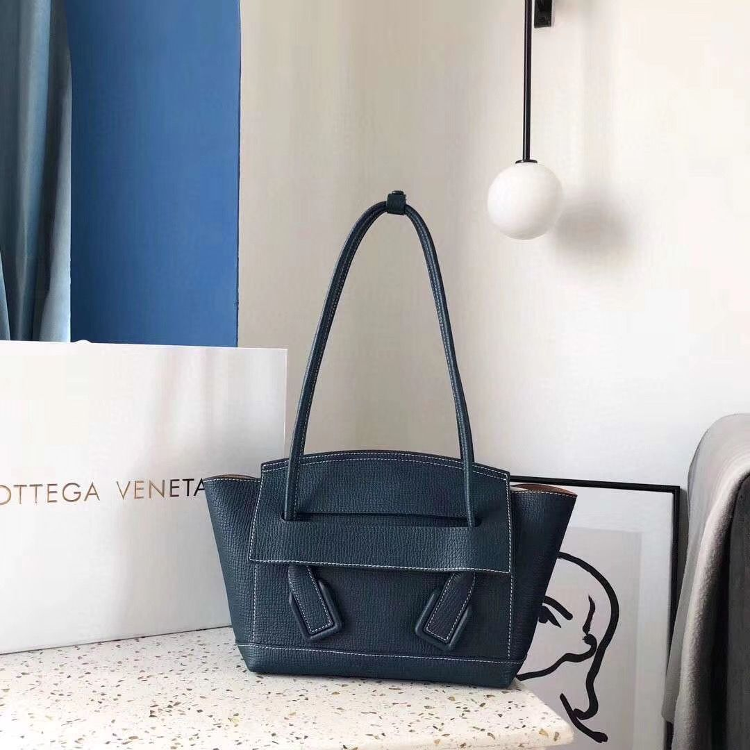 Bottega Veneta Arco Small 38 cm