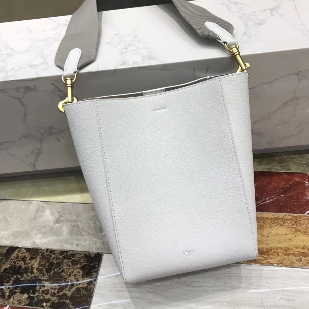 Celine Seausangle 25 cm