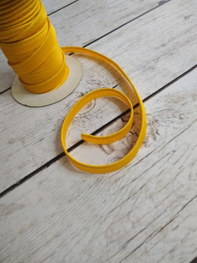 Кант атласный желтый