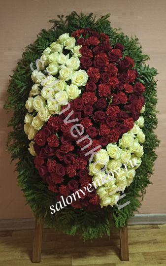 Элитный траурный венок из живых цветов №122, РАЗМЕР 100см,120см,140см,170см