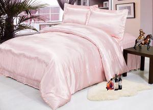 Комплект постельного белья из декоративного шелка  1023-02