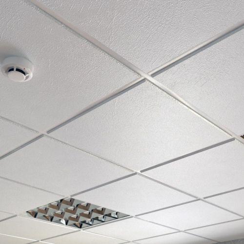 Потолок кассетный армстронг Cesal Tegular K90 B29 Шелк Белый 595х595 мм