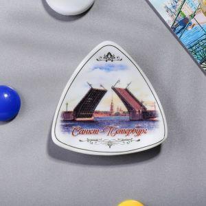Магнит-треугольник «Санкт-Петербург»