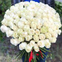 101 белая роза 60 см