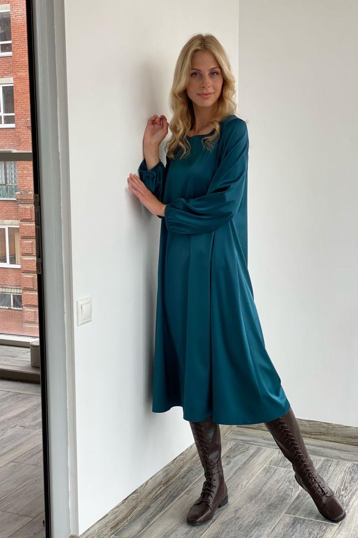s2044 Платье струящееся с рукавами-буфами