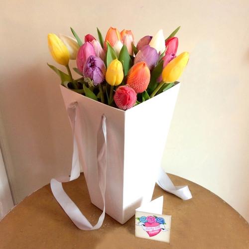 Весенний микс - букет тюльпанов