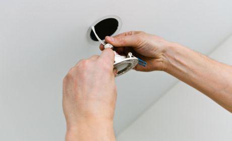 Монтаж Точечных светильников в подвесной потолок