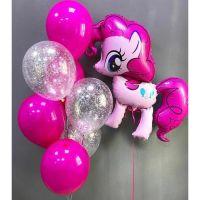 Набор розовых шаров с розовым шаром пони