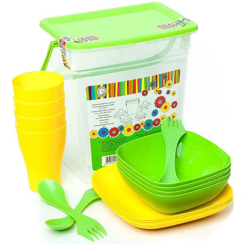 Набор пластиковой посуды на 4 персоны
