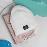 HOH ШЛ20-82110455 Однослойная шапка с завязками и нашивкой Little Hero;, молочный