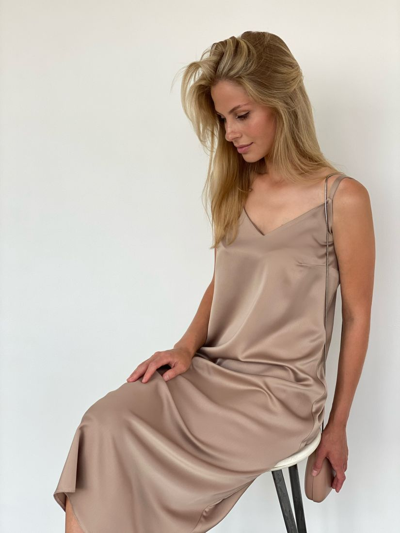 s2102 Платье шёлковое premium в цвете шампань