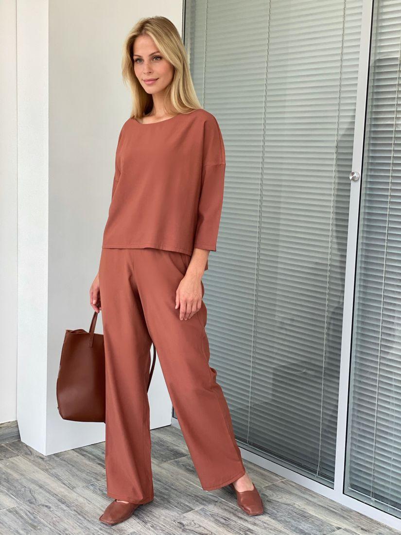 s2115 Костюм розово-коричневый с широкими брюками