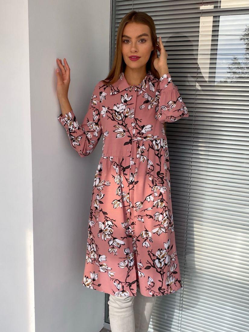 s2635 Ассиметричное платье-рубашка пудровое с цветочным принтом