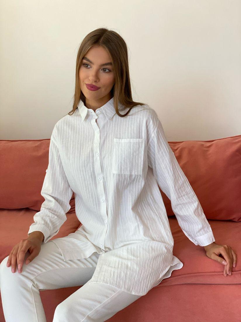 s2641 Рубашка белая удлинённая