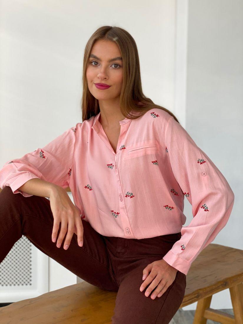 s2662 Батник розовый с минималистичным принтом