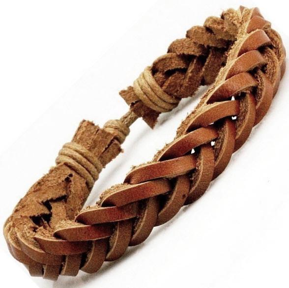 Коричневый плетёный браслет из натуральной кожи