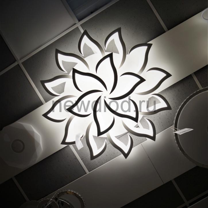 Управляемый светодиодный светильник LOTOS 8051 18 лепестков 280Вт 6/3/4000K пульт 1200мм белый Oreol