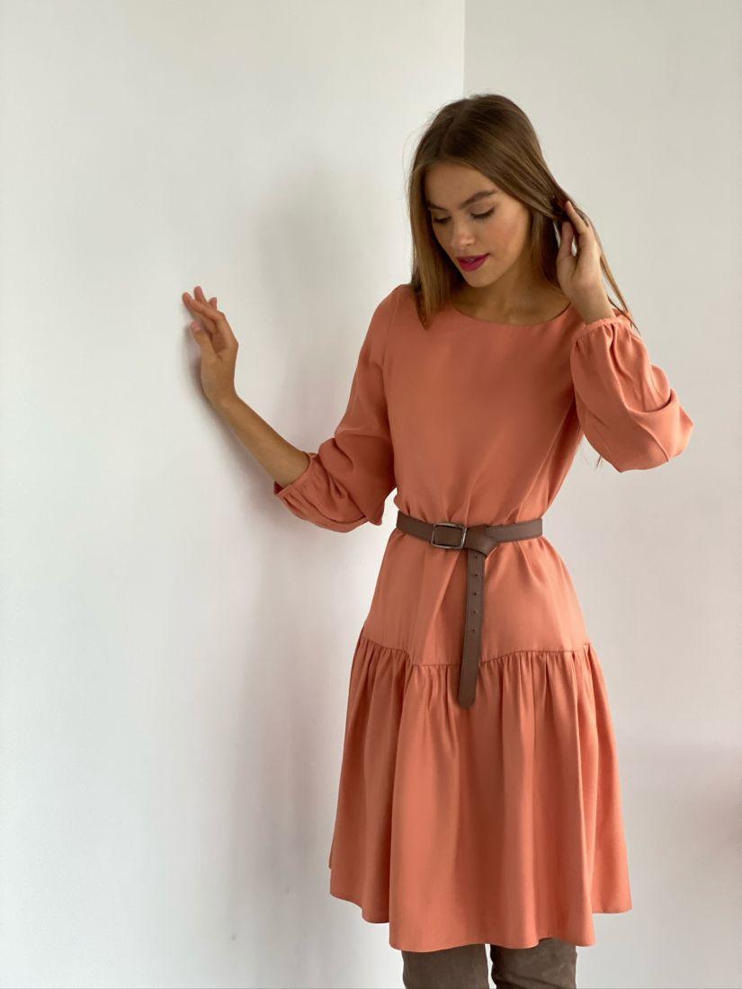 s2671 Платье свободного силуэта с воланом