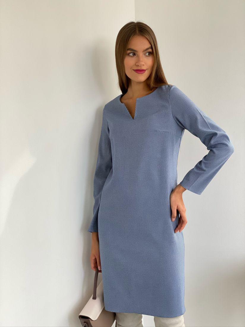 s2675 Платье с фигурной горловиной в синюю гусиную лапку