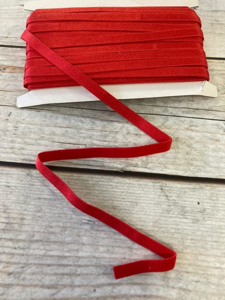 резинка для бретелей 10мм Красная