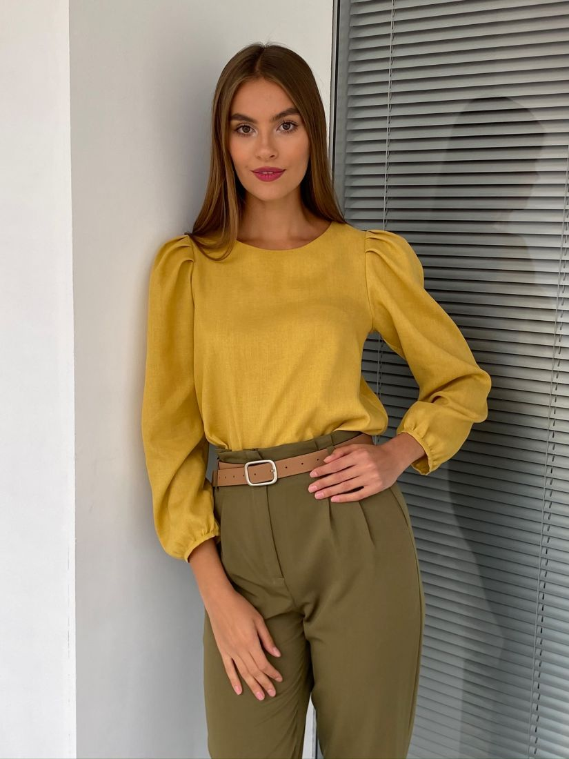 s2689 Блуза в стиле ретро в цвете шафран
