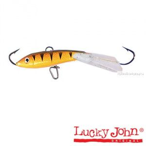 Купить Балансир Lucky John Fin 3 + тройник / 30 мм 5 гр цвет: 43