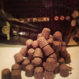 Шоколад темный горький  АРИБА ФОНДЕНТЕ ДИАМАНТЕ ММ 72% 1кг Италия
