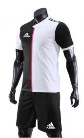 Форма футбольная Nike Стиль Ювентус черно-белая