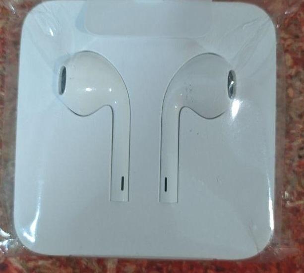Наушники Apple iPhone EarPods with Mic Lightning (MMTN2ZM)_OEM