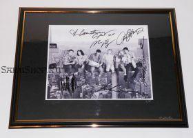 Автографы: Друзья / Friends. Энистон, Кокс, Кудроу, ЛеБлан, Перри, Швиммер
