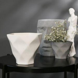 Кашпо-ромб белое из бетона «Фантазия», 15 х 14 см