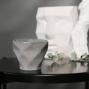 Кашпо-ромб серое из бетона «Фантазия», 10,5 х 9 см